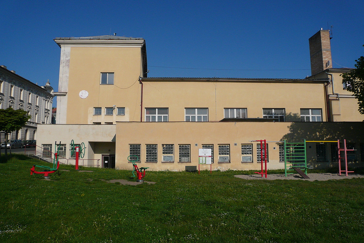 6514-sokolovna-kh-sokolska-ulice.jpg