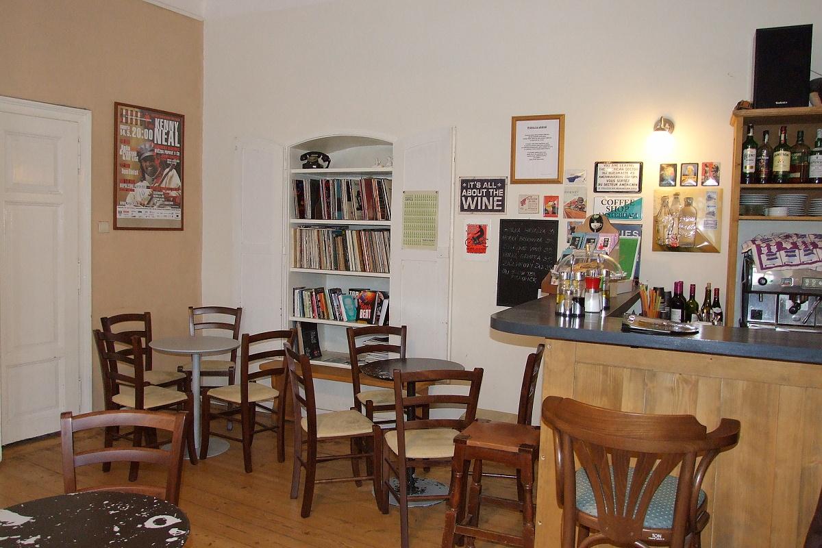 7320-blues-cafe-2.jpg