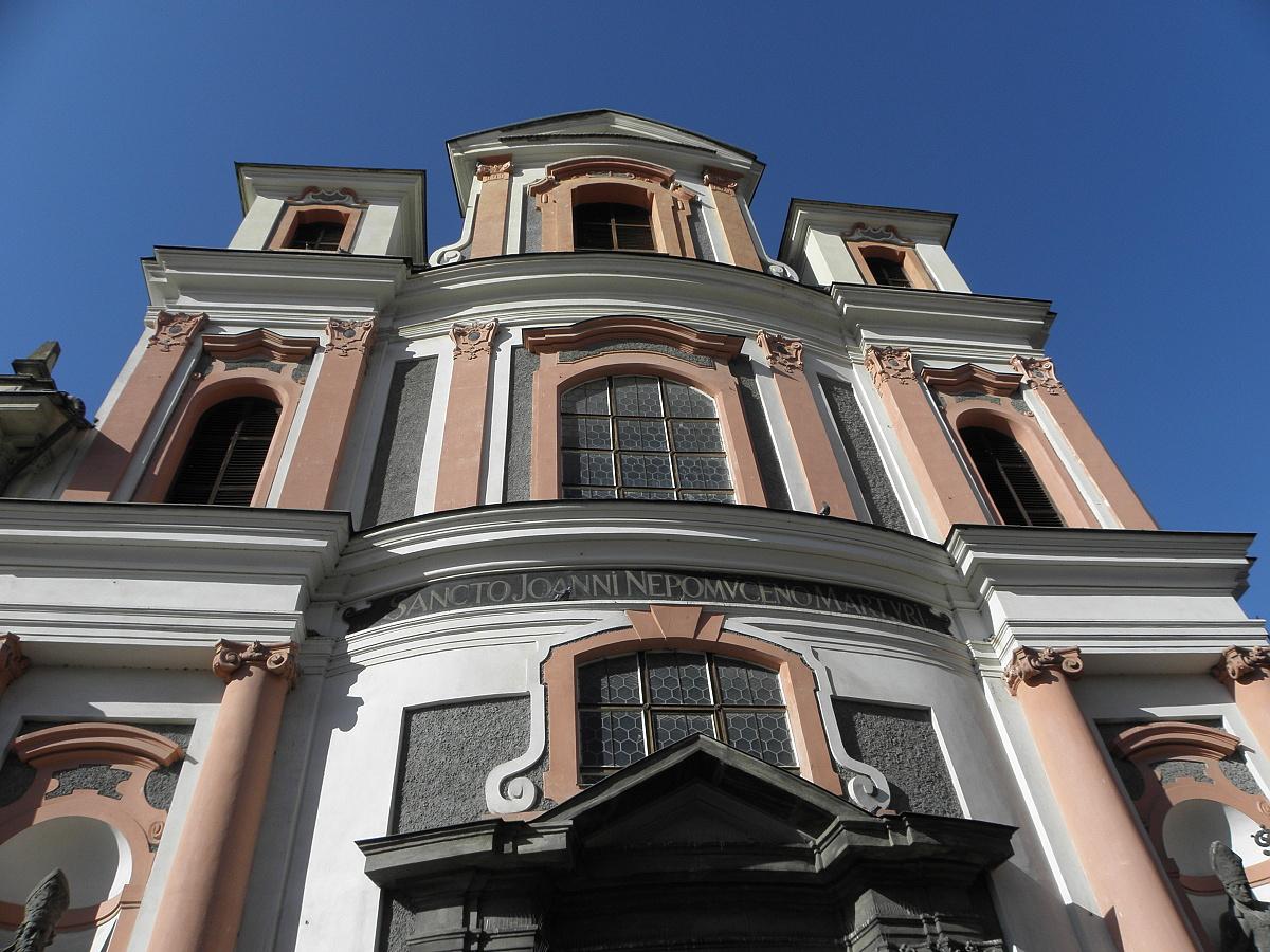 9979-kostel-sv-jana-nepomuckeho-2.jpg
